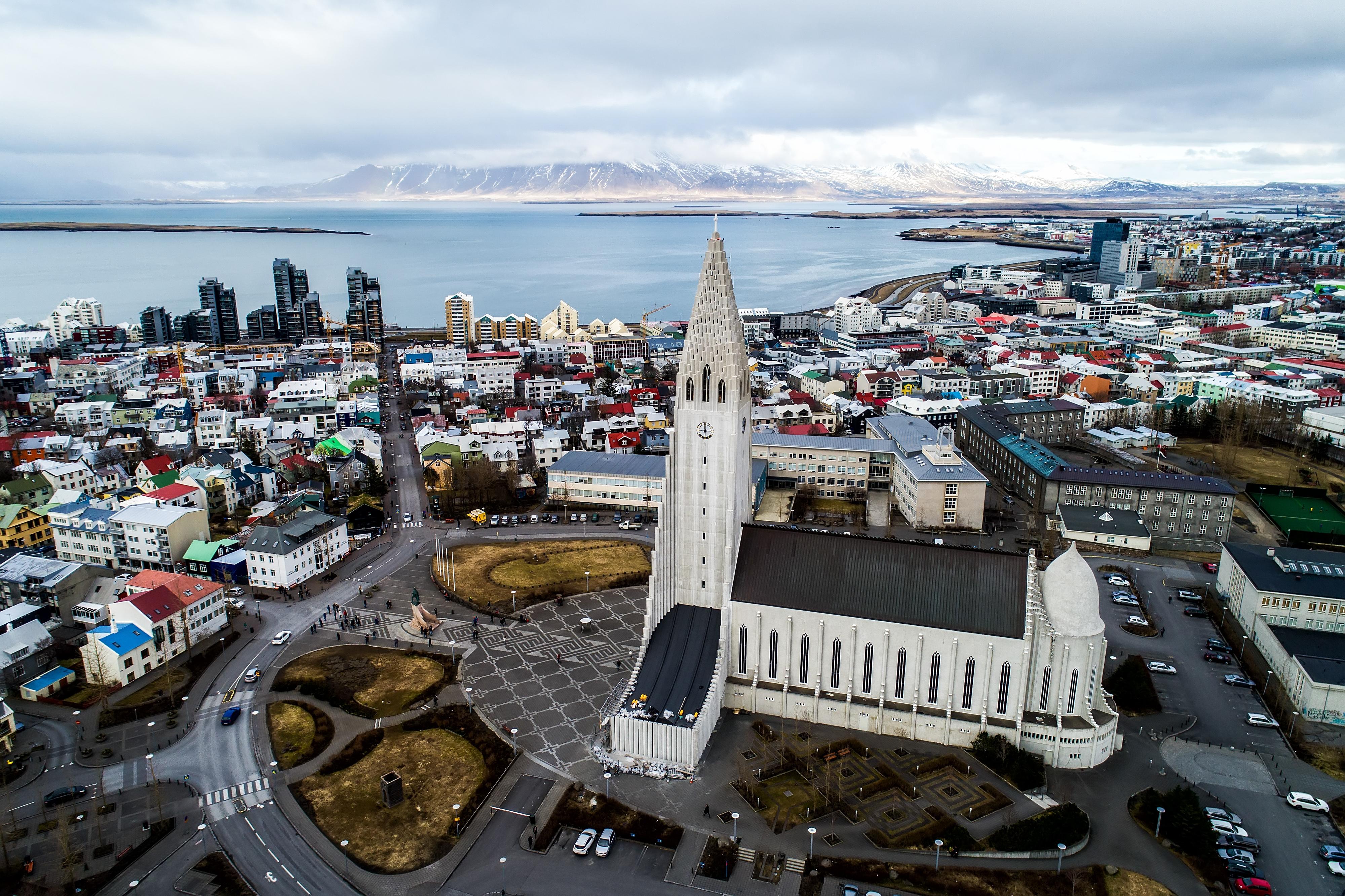island tagesausflug mit dem rad durch reykjavik. Black Bedroom Furniture Sets. Home Design Ideas